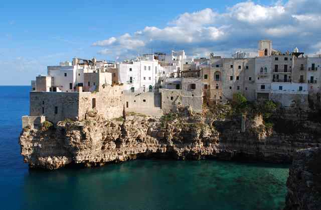 Bari, Italy cruises. Cruises to/from Bari, Italy - Planet Cruise
