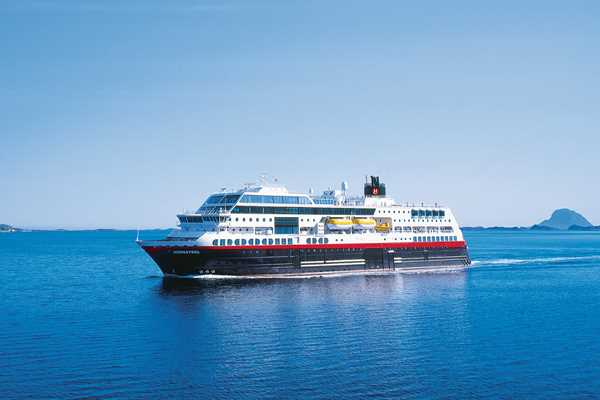 Antarctic Cruises And Deals Planet Cruise - Antartica cruise ship